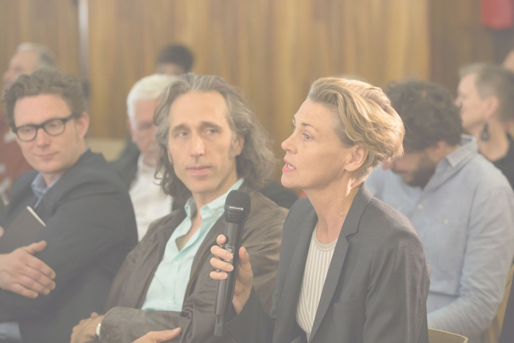 Pressekonferenz_9JUN_Matthew_Griffin_&_Britta_Jürgens_(Deadline_Architects)_vlnr