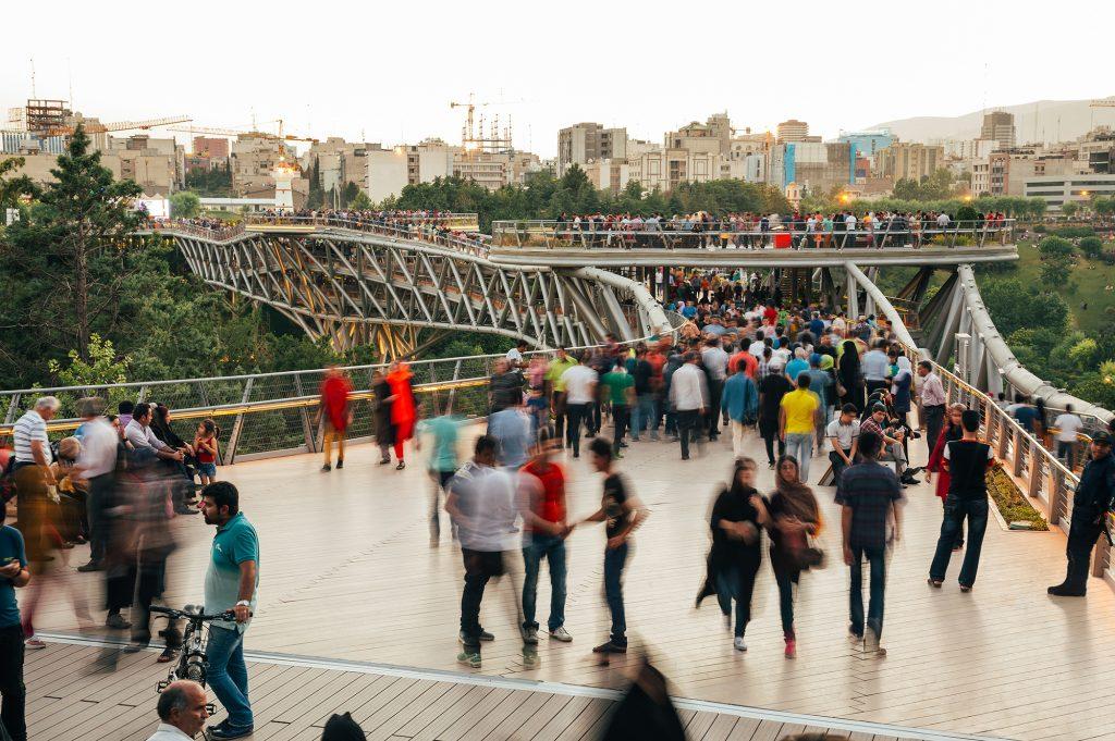 AR_New civic architecture_public space_Tabiat Brücke_1_Mohammad Hassan Ettefagh (1)